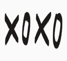 XO Pattern Kids Clothes