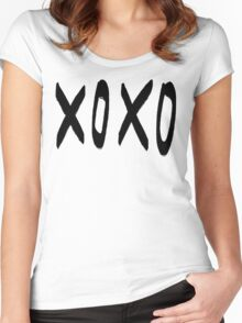 XO Pattern Women's Fitted Scoop T-Shirt