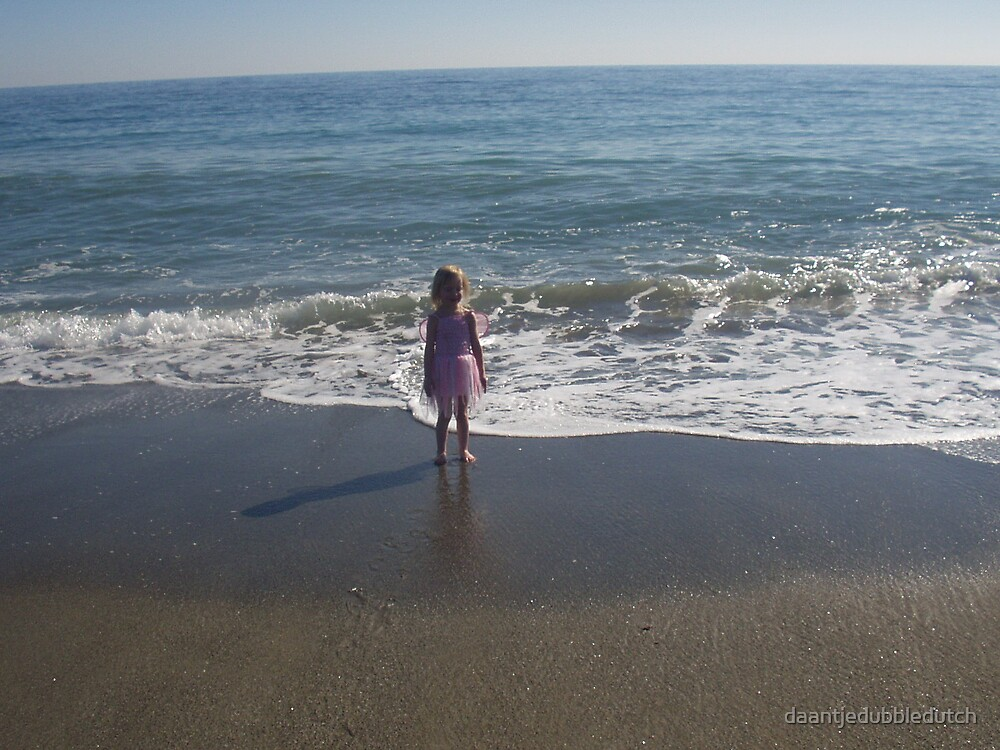 fairy by the sea by daantjedubbledutch