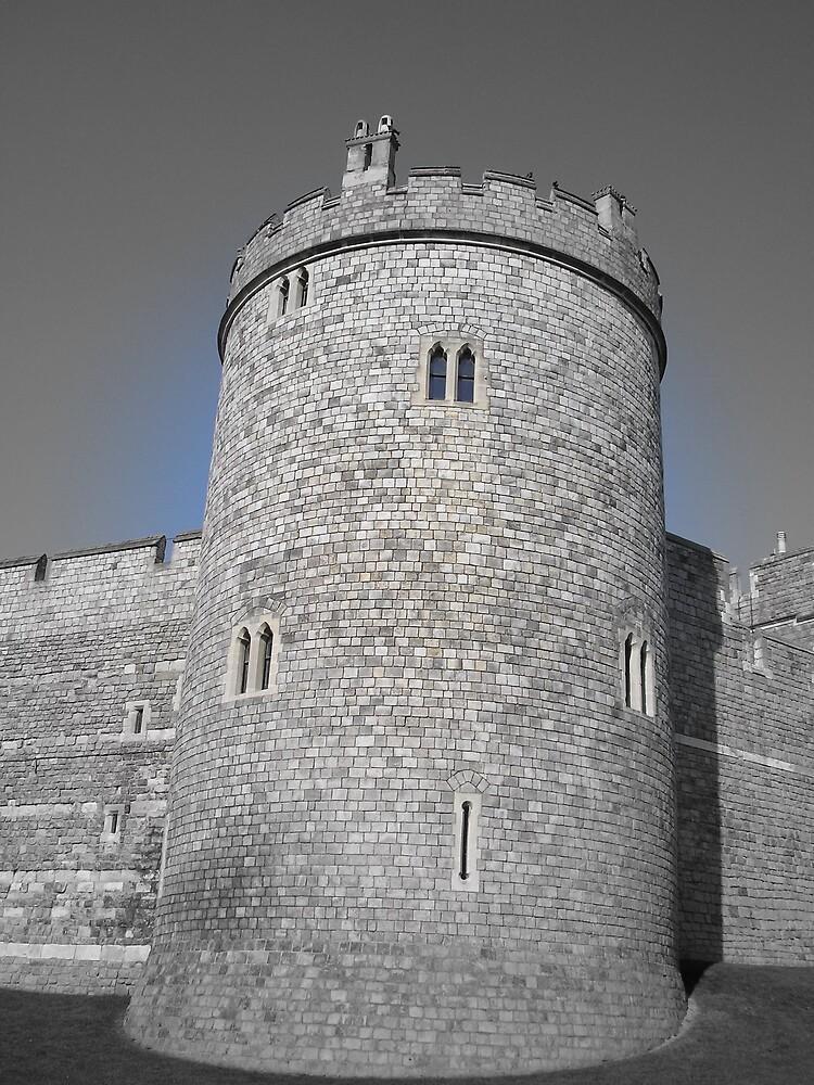 Eerie Castle by funkyshazz