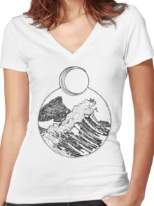 moon and waves Women's Fitted V-Neck T-Shirt