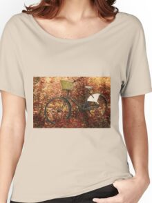 Vintage classical Bicycle against a tree Women's Relaxed Fit T-Shirt
