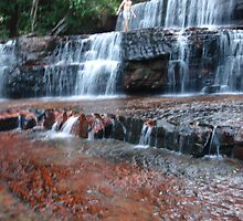 jaspe waterfall by daveiann