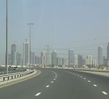 Dubai by Leo Mahoney