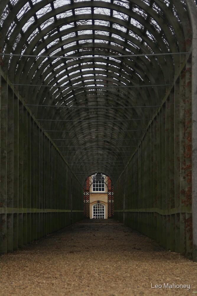 Hampton Court by Leo Mahoney