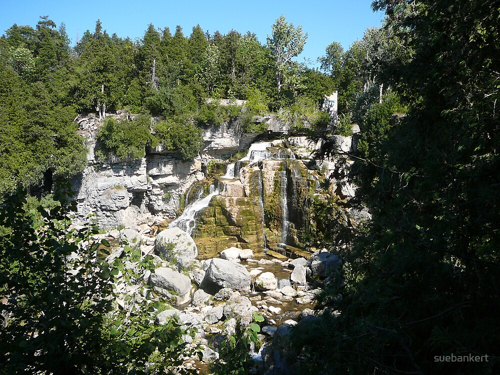 Inglis Falls by suebankert