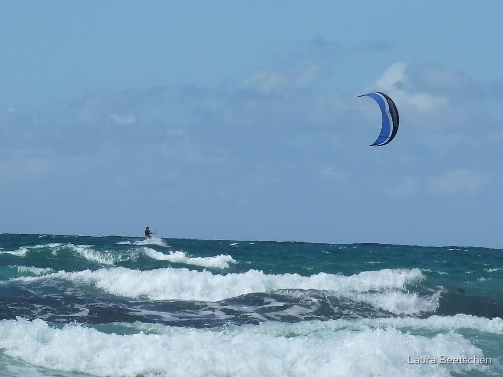 Kite surfer cornwall by Laura Beetschen
