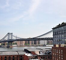Manhattan Bridge - New York City by Hilda Rytteke