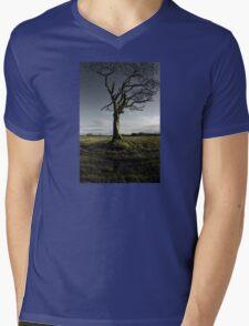 The Rihanna Tree, Singing Mens V-Neck T-Shirt
