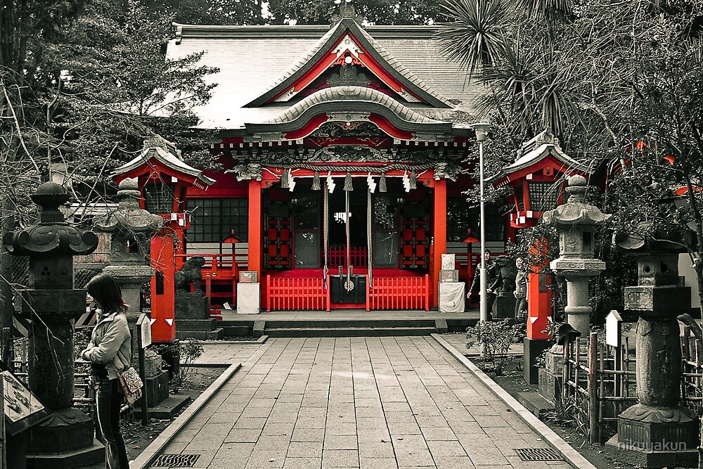 Enoshima in Red. by nikuyakun
