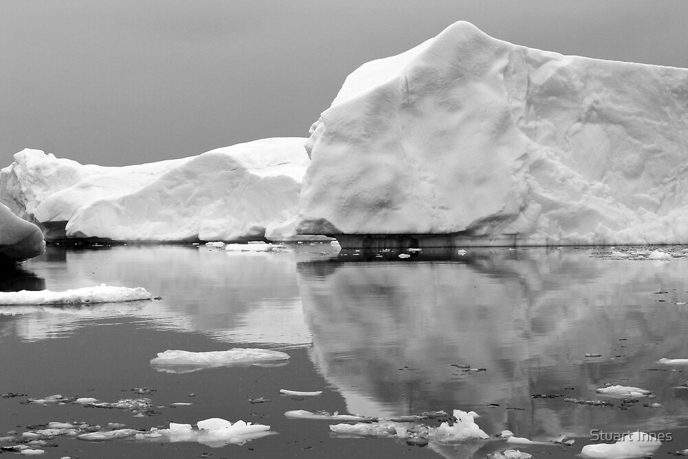 reflecting iceberg by Stuart Innes
