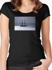 Tall Ship Royalist Mono Women's Fitted Scoop T-Shirt