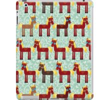 Brown horse on blue floral background iPad Case/Skin