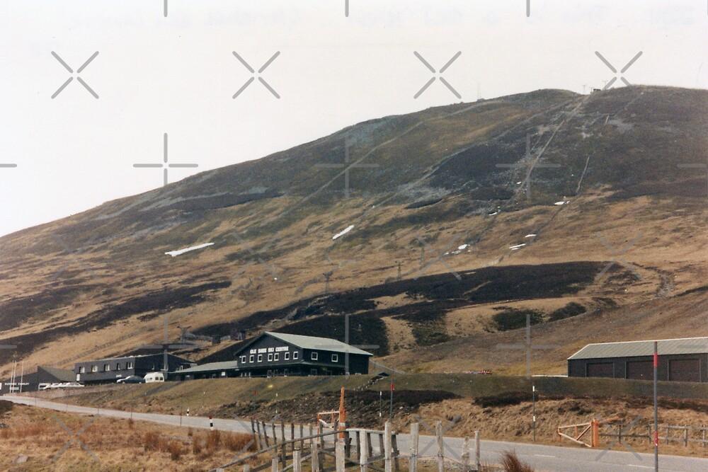 Glenshee Ski Centre, Scotland by georgiegirl