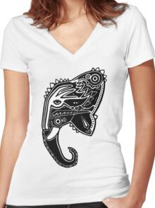 The Travelling Elephant Women's Fitted V-Neck T-Shirt