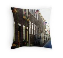 USA in Mourning Throw Pillow