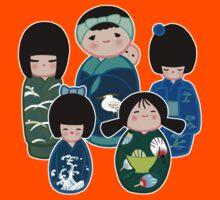 Kokeshi in Green Kids Tee