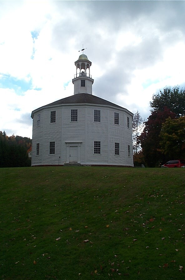Round church in Maine by Larry