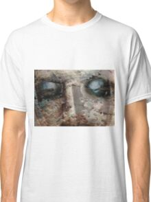 ~closer to the ground~ Classic T-Shirt