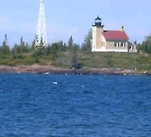Lake Superior by cbeldin