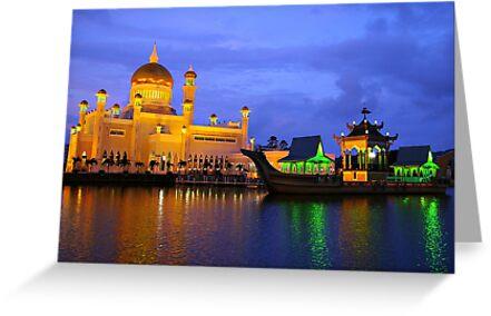 Omar Ali Saifuddien Mosque, Brunei. by GCPhoto