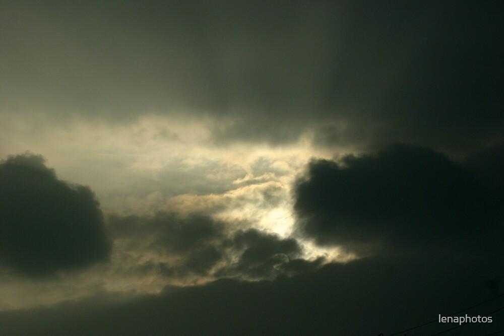 a evening sky by lenaphotos
