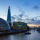 Setting of the sun over the Southbank by Stuart  Gennery