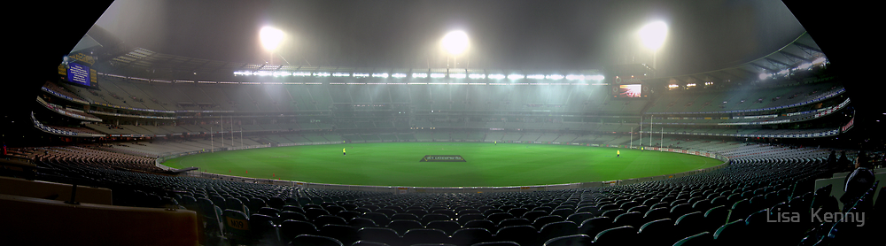 the Melbourne Cricket Ground by Lisa  Kenny
