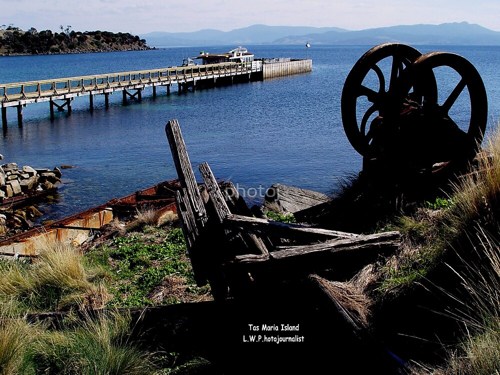 photoj Tasmania - Maria Island by photoj