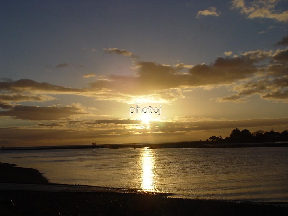 photoj   Australia - Tas, sunset by photoj