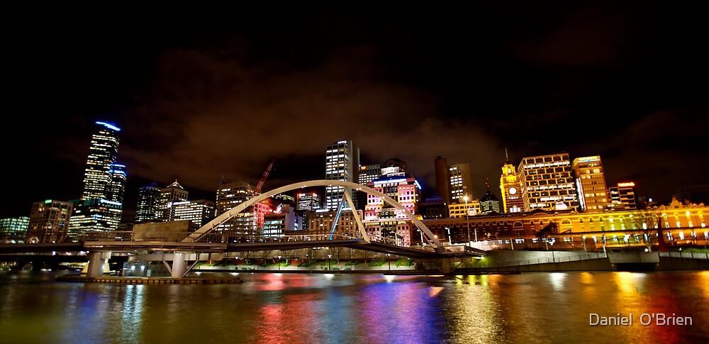 Melbourne Sky line by Daniel  O'Brien