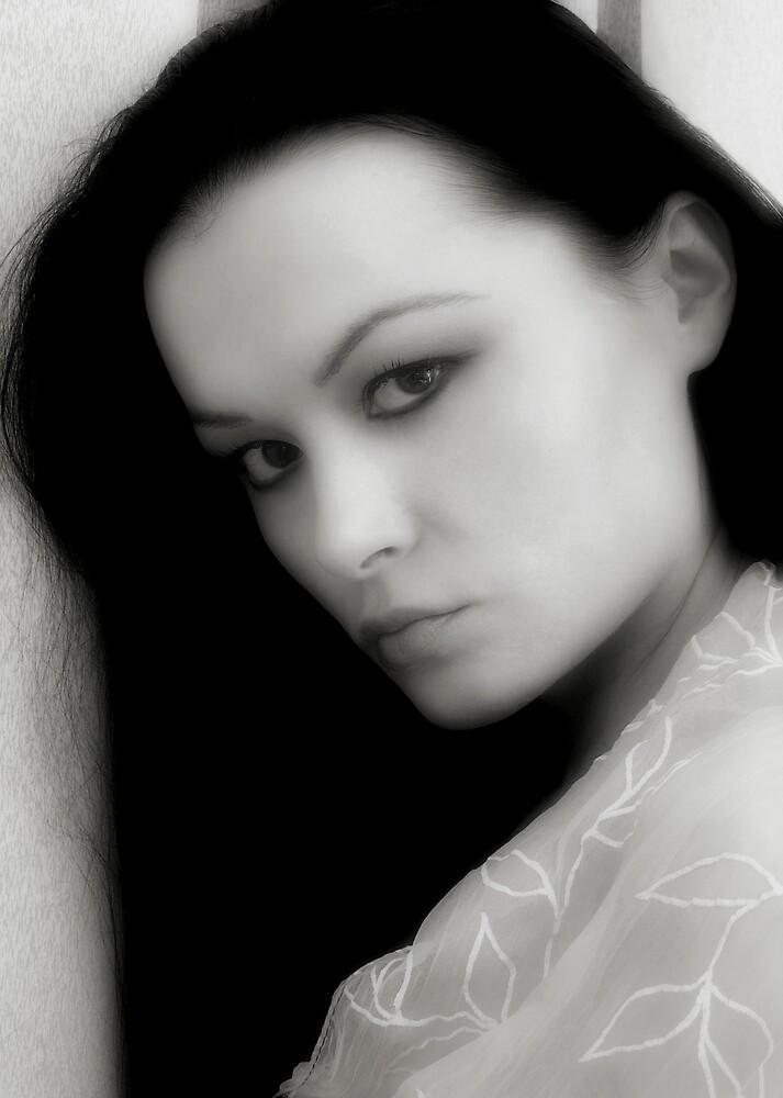Snow white by Adela Hriscu