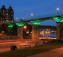 Scarborough Spa Bridge by EarlCVans