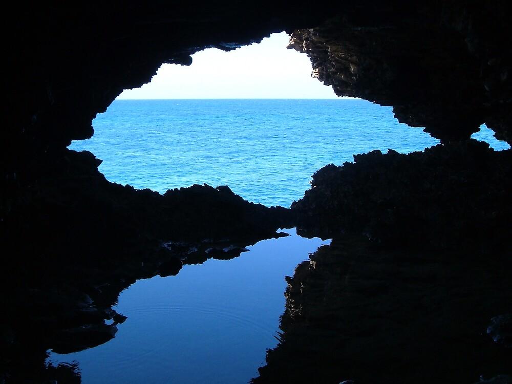 A Window to the Ocean by lucio della ratta