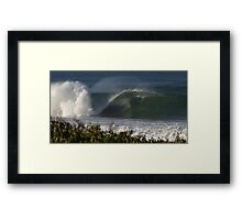 EMPTY WAVE Framed Print