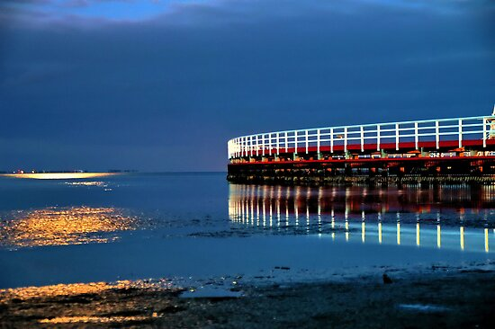 Reflections on Corio Bay. by Phil Thomson IPA