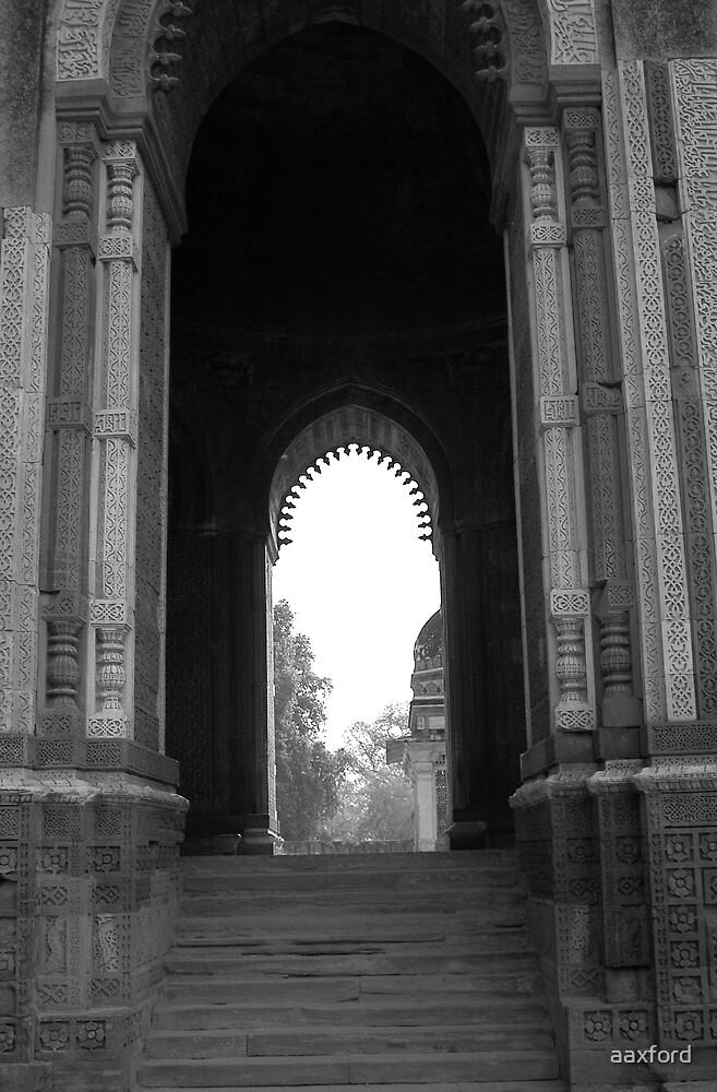 Delhi, India by aaxford