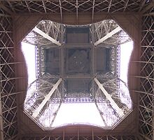 Underneath the Eiffel Tower by SuziBryars