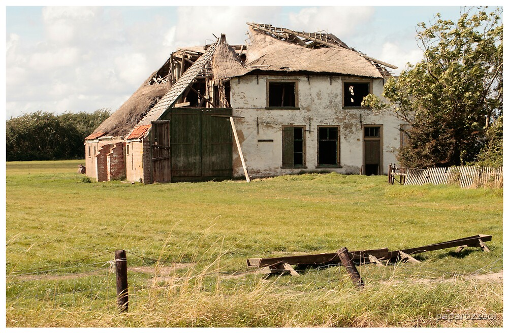 House on Texel by paparozzooi