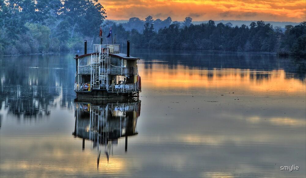 House Boat by smylie