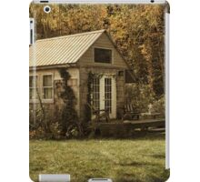 Cottage in the Country iPad Case/Skin