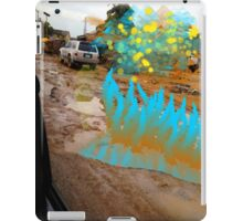 Extra-terrestrials around Lagos 5 iPad Case/Skin