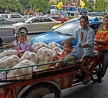 Bangkok Family by dgwooster