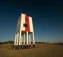 Burnham-on-sea lighthouse. by Rob Corbett