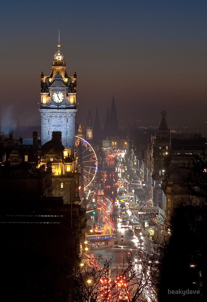Princes St, Edinburgh at Xmas by beakydave