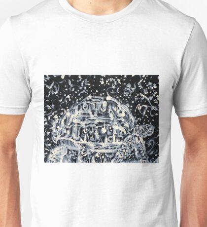 TURTLE WALKING UNDER A STARRY SKY Unisex T-Shirt