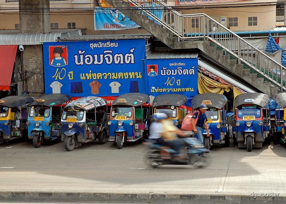 Bangkok Street Scene by dgwooster