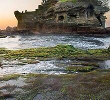 Tanah Lot - Bali Indonesia by redashton
