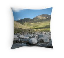 singing hills Throw Pillow