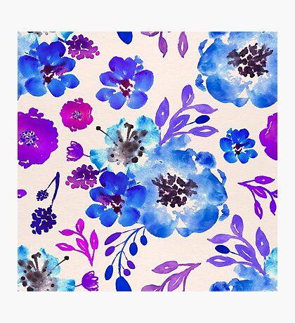 Fleurs Violettes eau Photographic Print